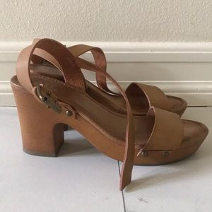 Cute brown heeled sandals from MIA